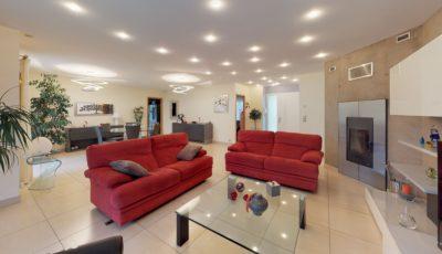 Maison de 90m² à Villeneuve-Tolosane 3D Model