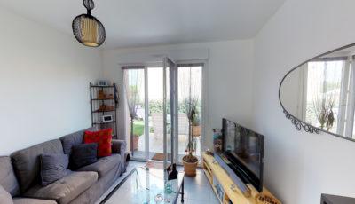 Maison de 60m² à La Salvetat Saint-Gilles 3D Model