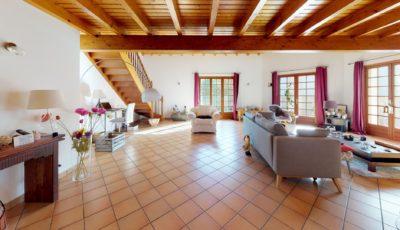 Maison de 160m² à Villeuneuve-Tolosane 3D Model